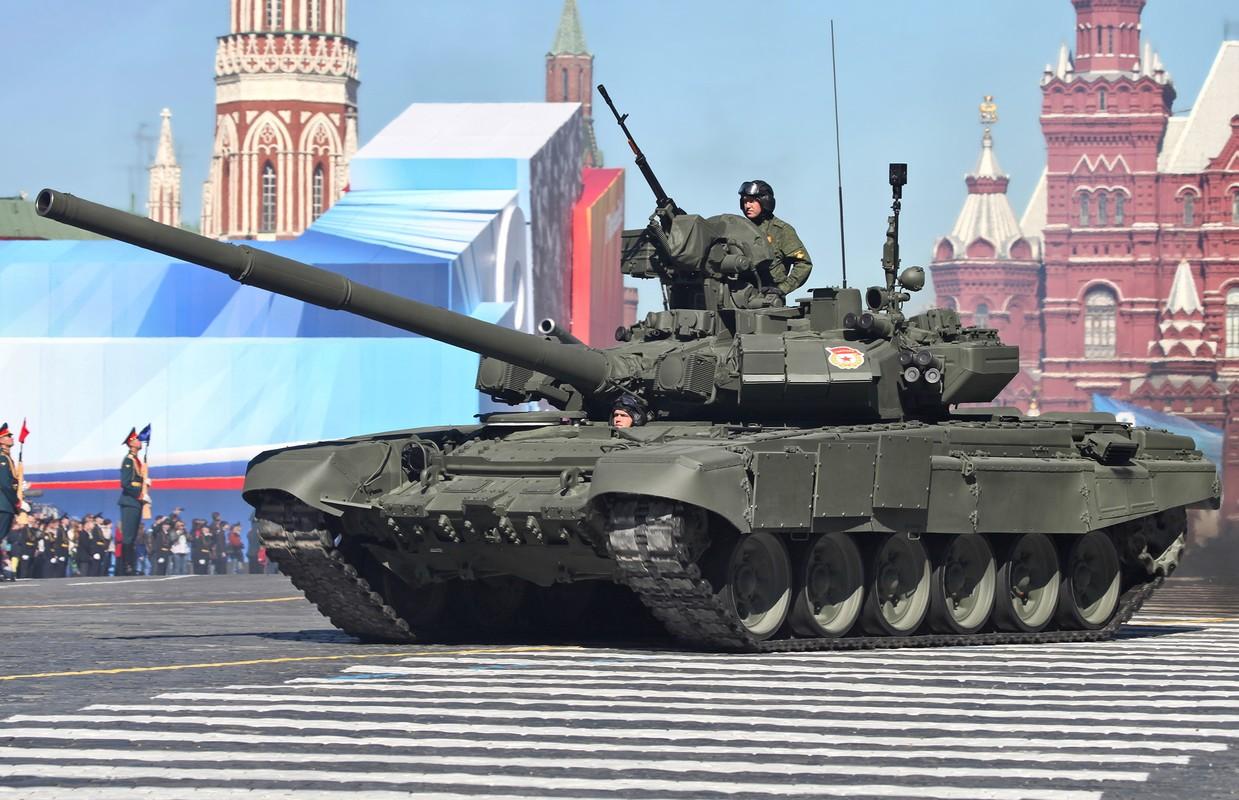 """Ly do nguoi My goi xe tang chu luc T-90M cua Nga la """"quai vat""""?"""