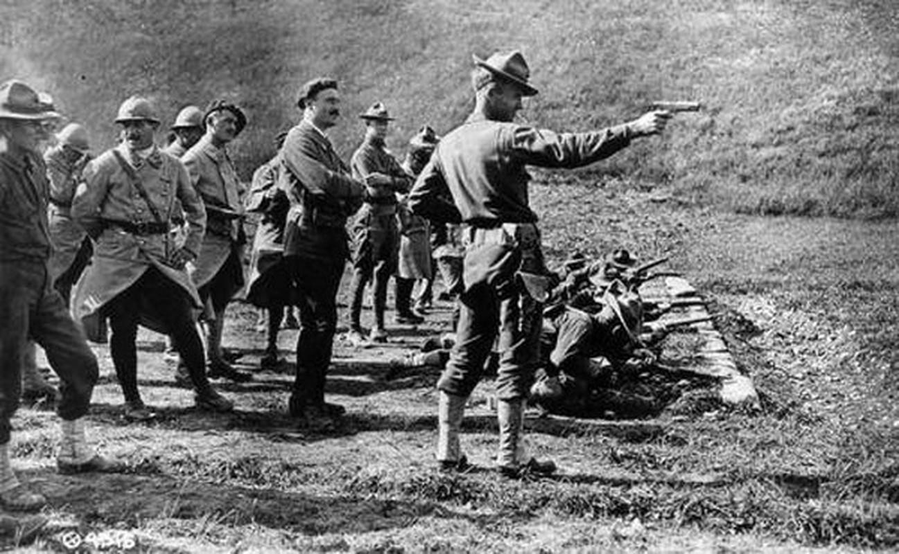 Cuoc dua giua 2 khau sung ngan huyen thoai Luger P-08 va Colt M-1911-Hinh-13
