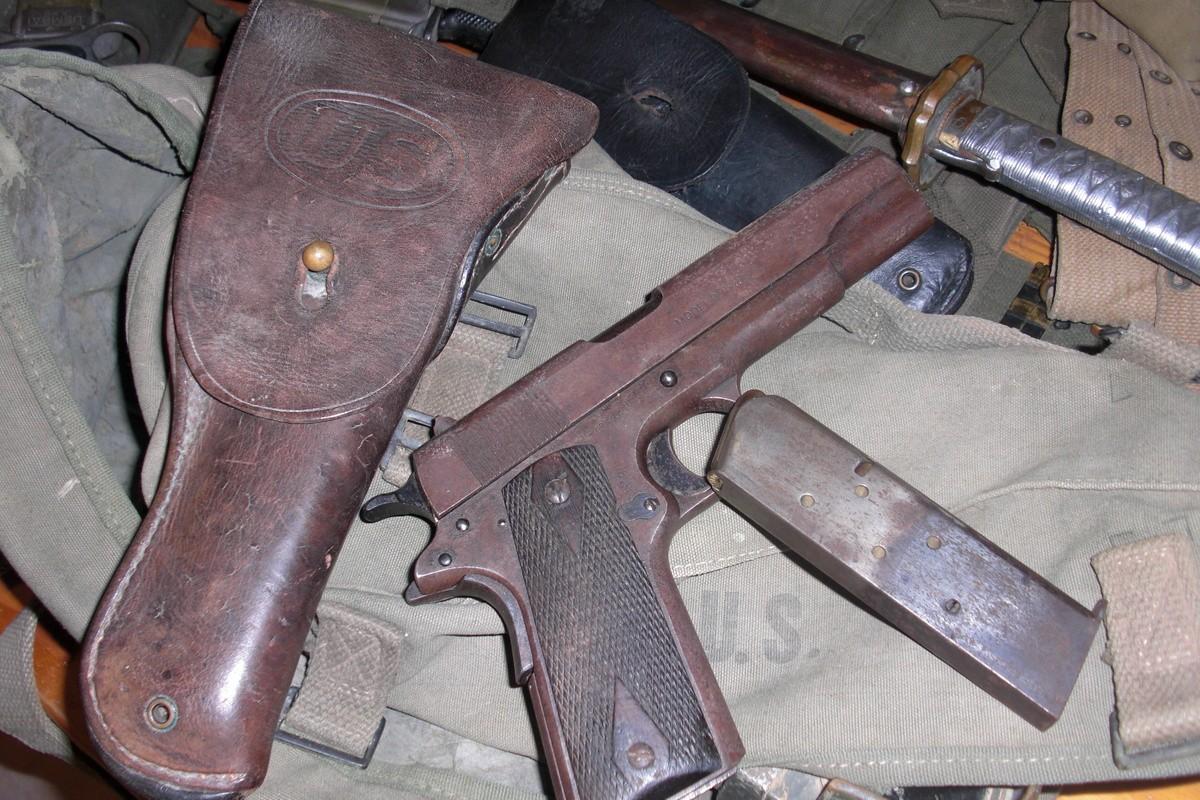 Cuoc dua giua 2 khau sung ngan huyen thoai Luger P-08 va Colt M-1911-Hinh-14