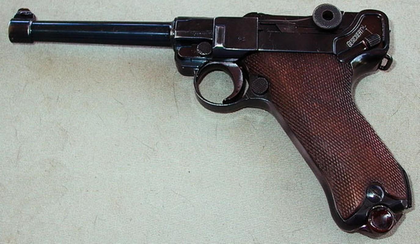 Cuoc dua giua 2 khau sung ngan huyen thoai Luger P-08 va Colt M-1911