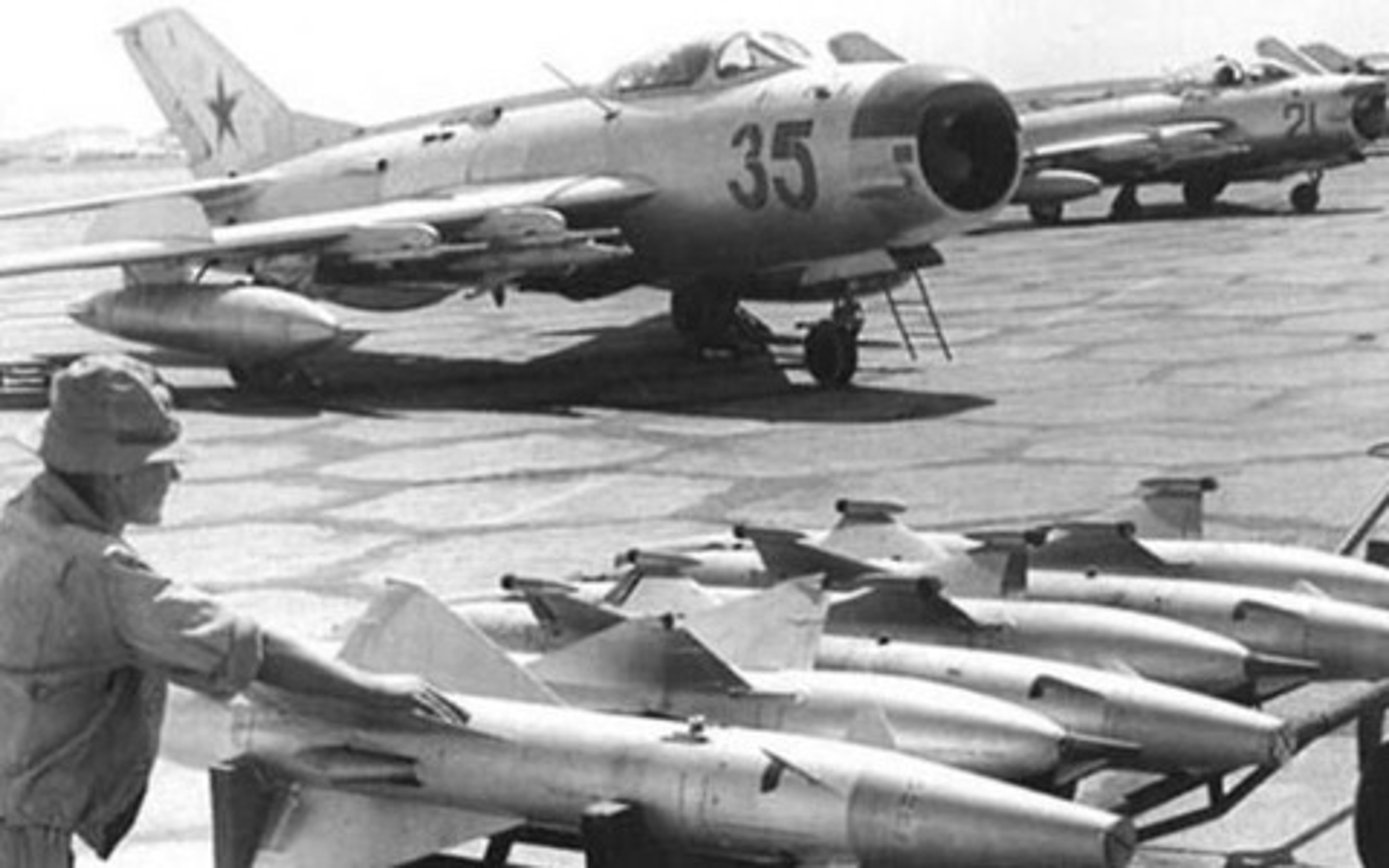 Dan tiem kich MiG-19 cua Trieu Tien nay con