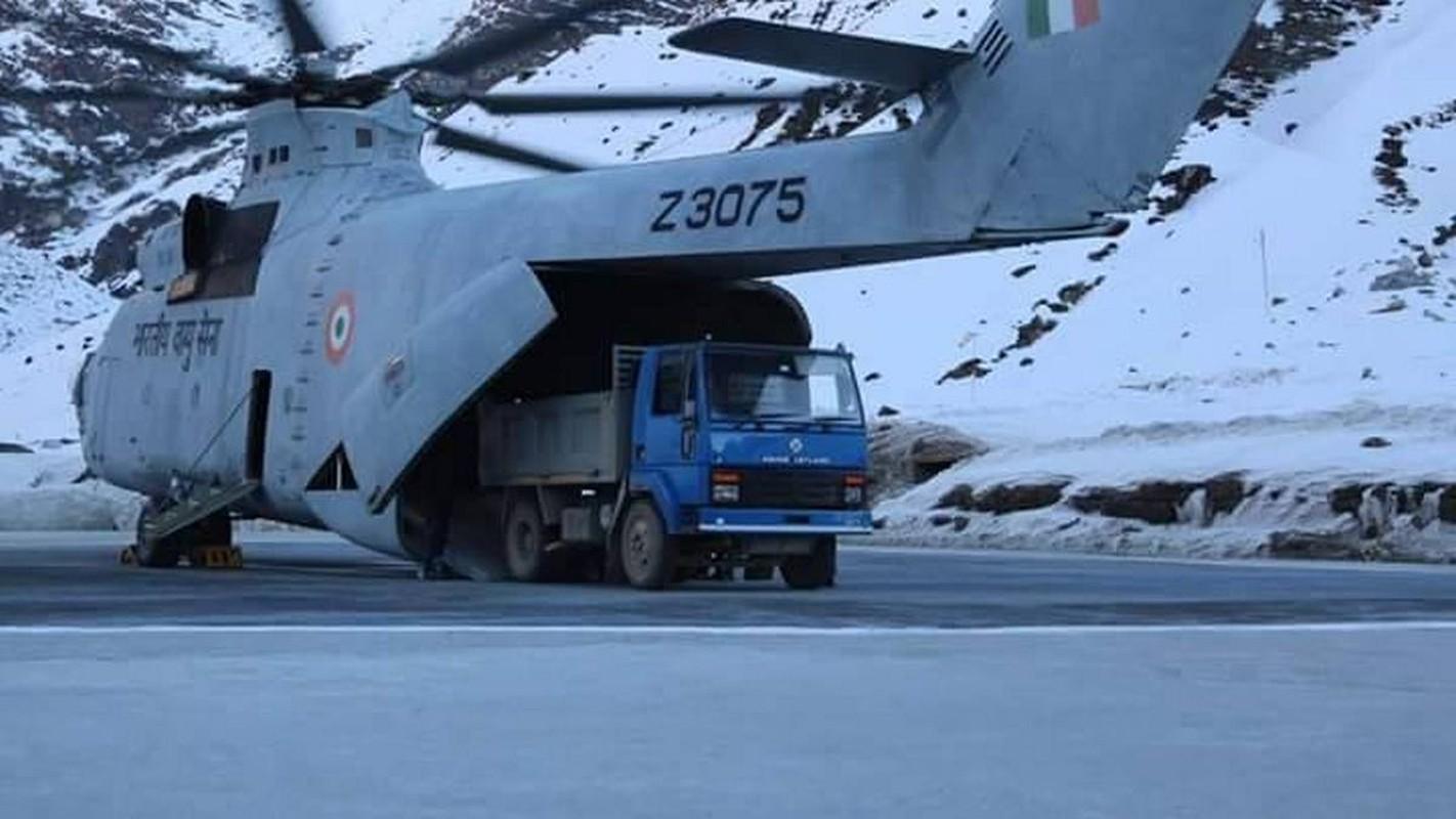 Tai sao An Do lai chon truc thang Chinook, con Israel bo qua?-Hinh-2