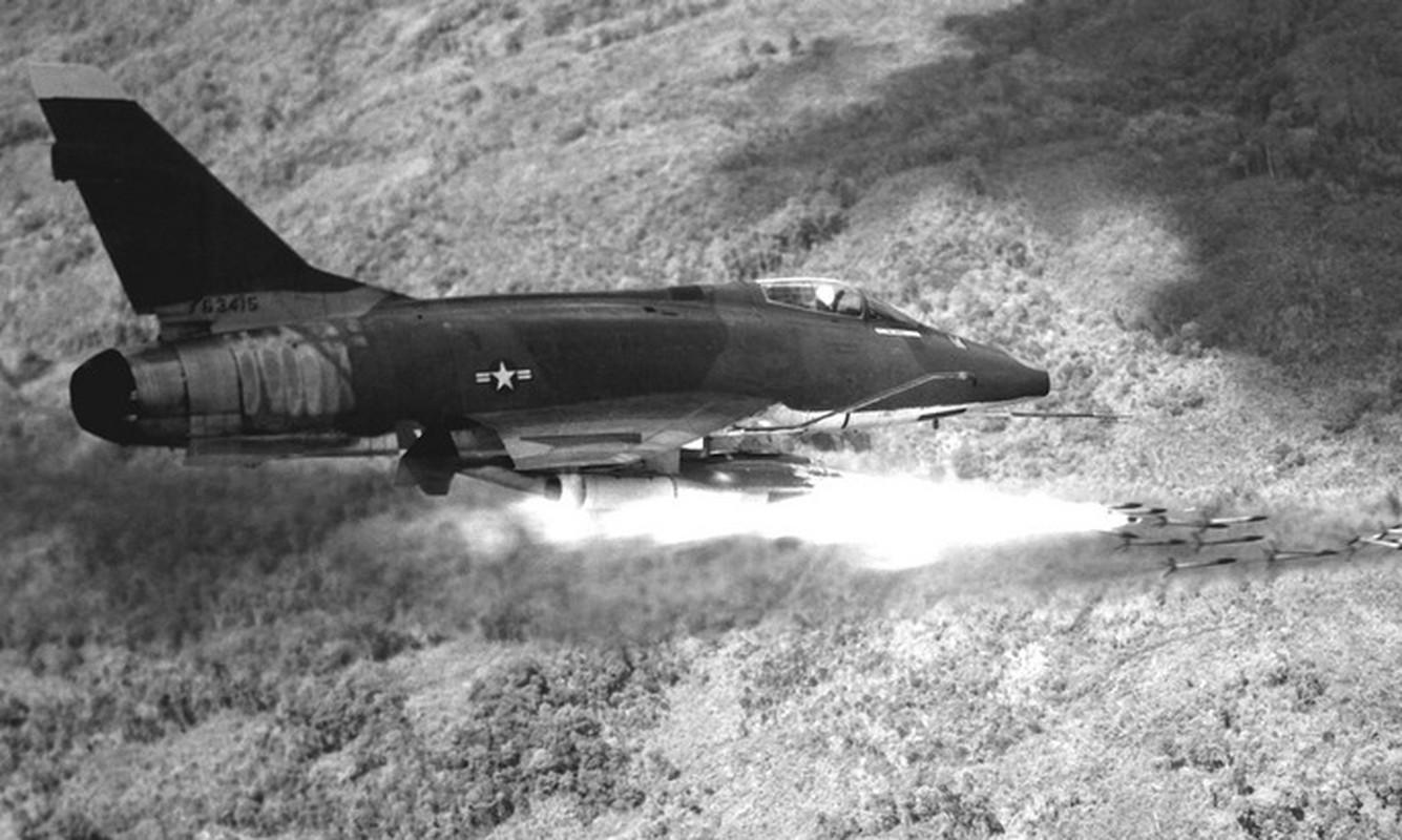 Phi cong 300 gio bay cua Viet Nam ha guc chuyen gia diet MiG-Hinh-15