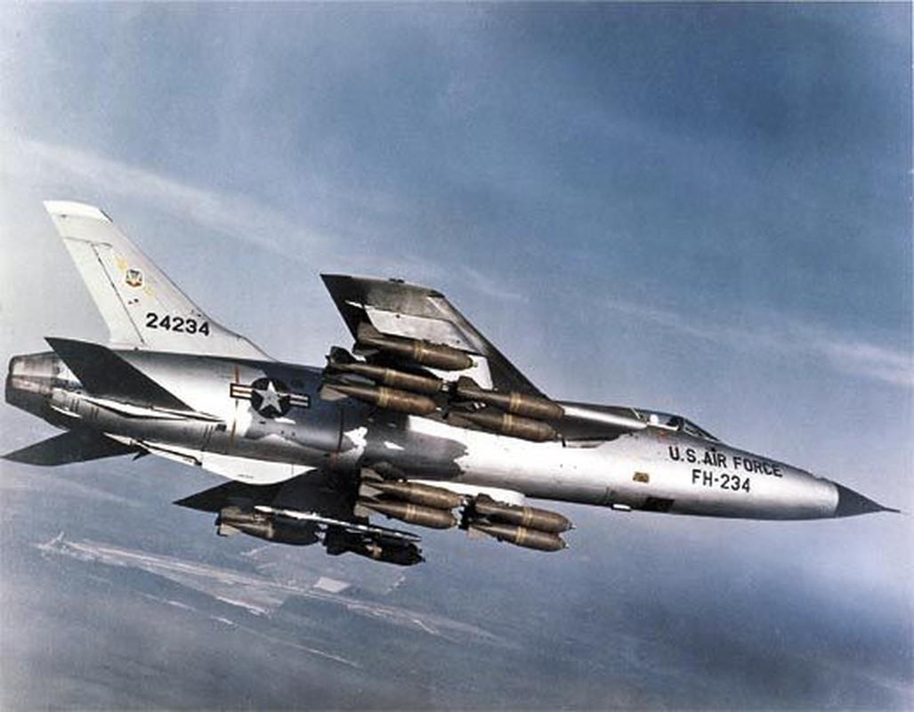 Phi cong 300 gio bay cua Viet Nam ha guc chuyen gia diet MiG-Hinh-7