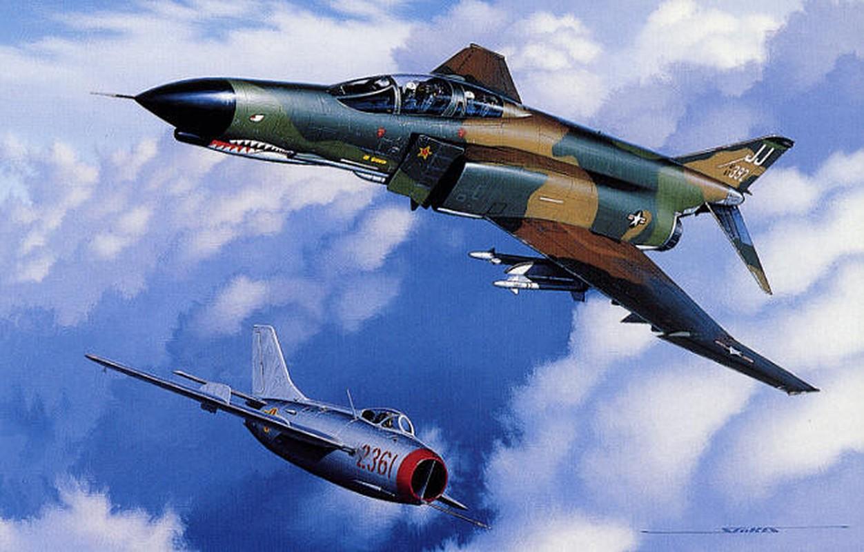 Phi cong 300 gio bay cua Viet Nam ha guc chuyen gia diet MiG