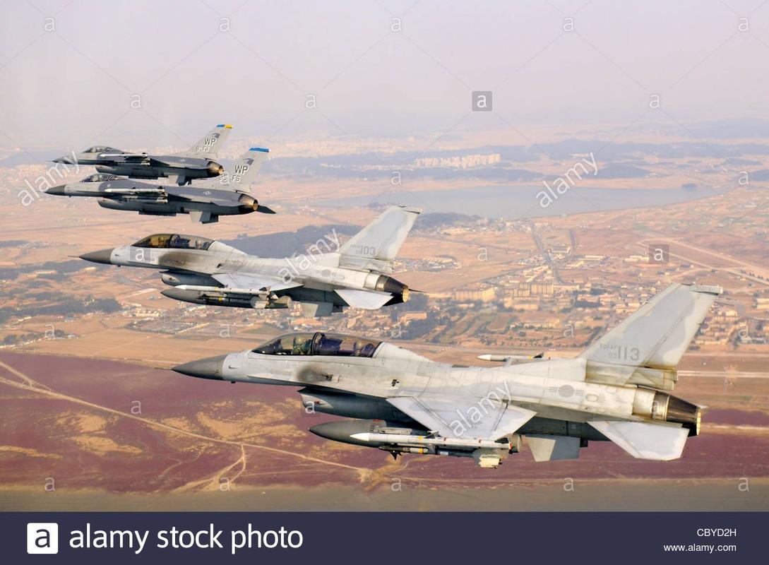 MiG-23 cua Trieu Tien doi dau F-16 Han Quoc - Ai se thang?-Hinh-7