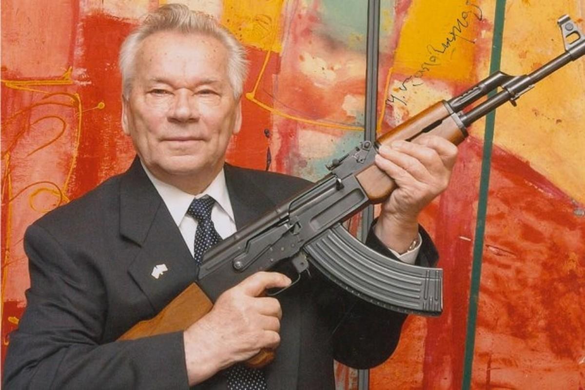 Sung bo binh vi dai nhat lich su AK-47 can moc 100 trieu khau-Hinh-7