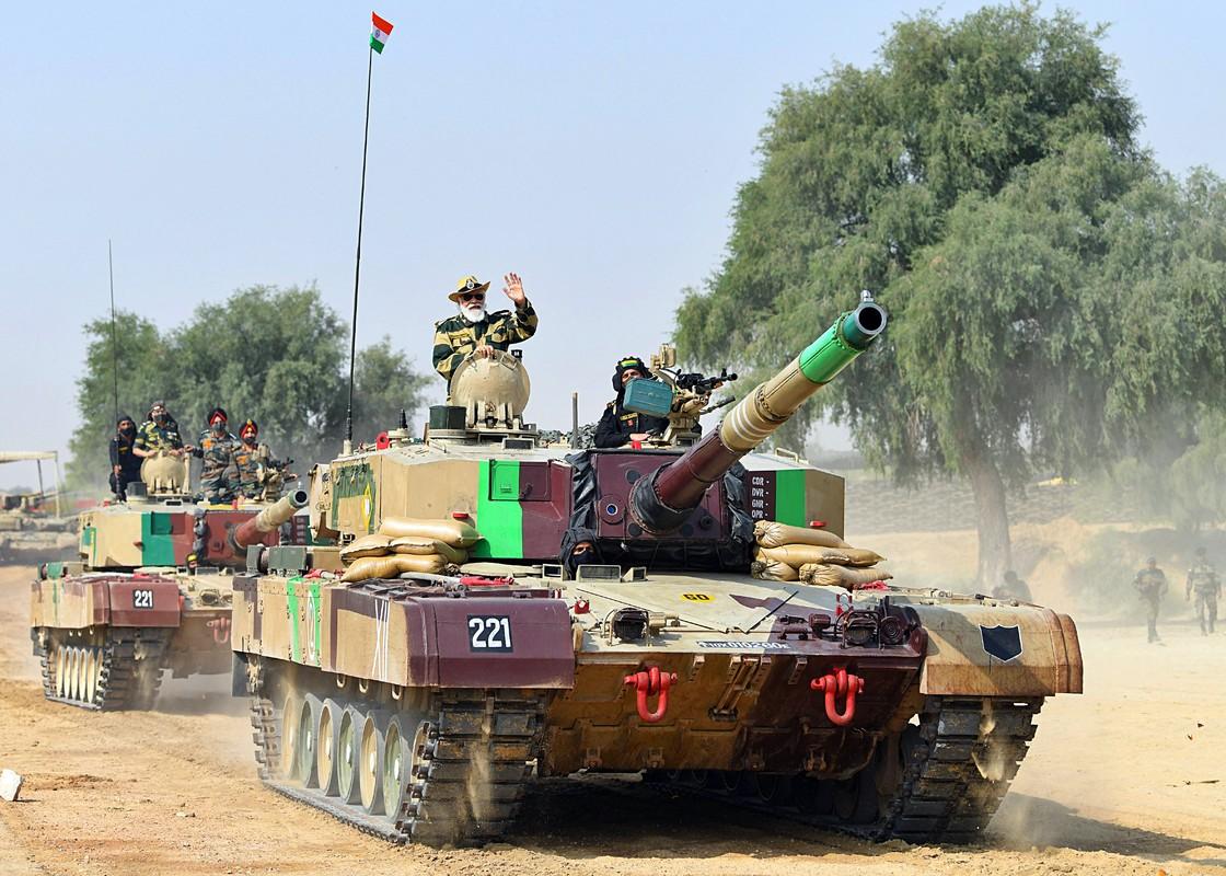 """Xe tang """"nha trong"""" Arjun MK-1A  cua An Do co ap dao duoc Pakistan?-Hinh-7"""