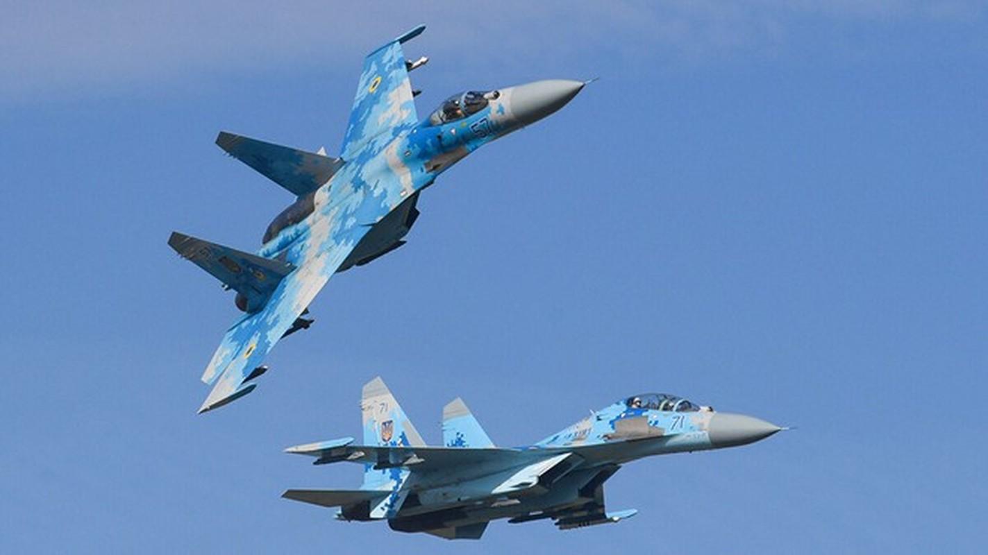 Tiem kich Su-27 va F-15 doi dau, dau la ke vo dich?-Hinh-2