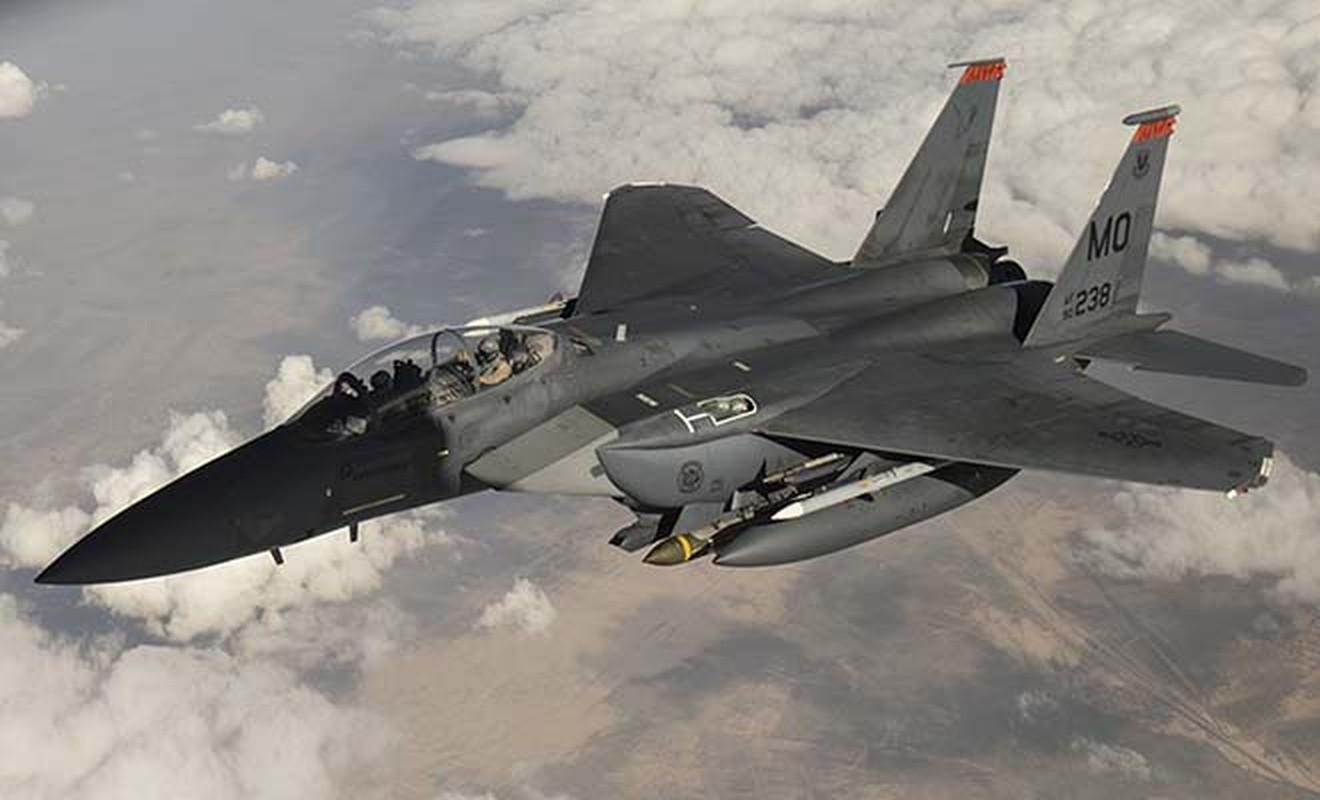 Tiem kich Su-27 va F-15 doi dau, dau la ke vo dich?-Hinh-7