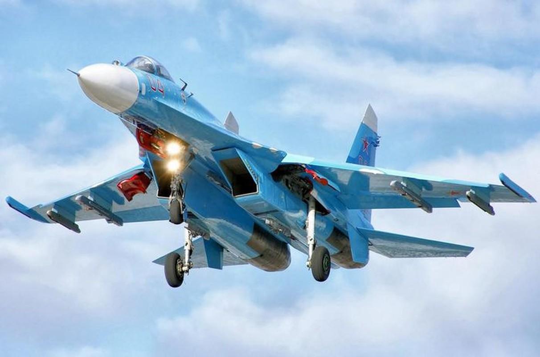 Tiem kich Su-27 va F-15 doi dau, dau la ke vo dich?-Hinh-8