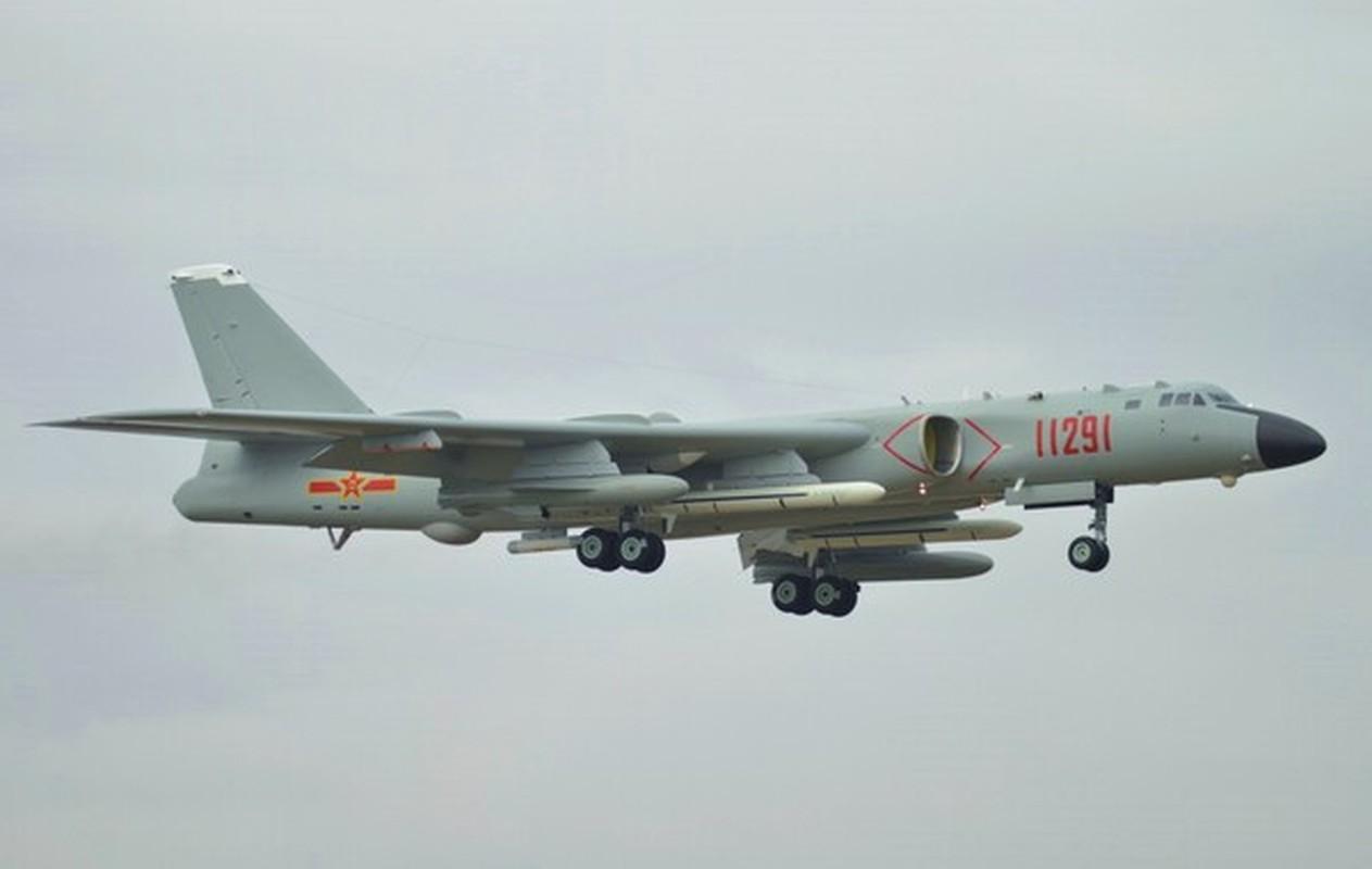 Nhat tung thiet ke may bay nem bom bay duoc nua vong Trai Dat-Hinh-11