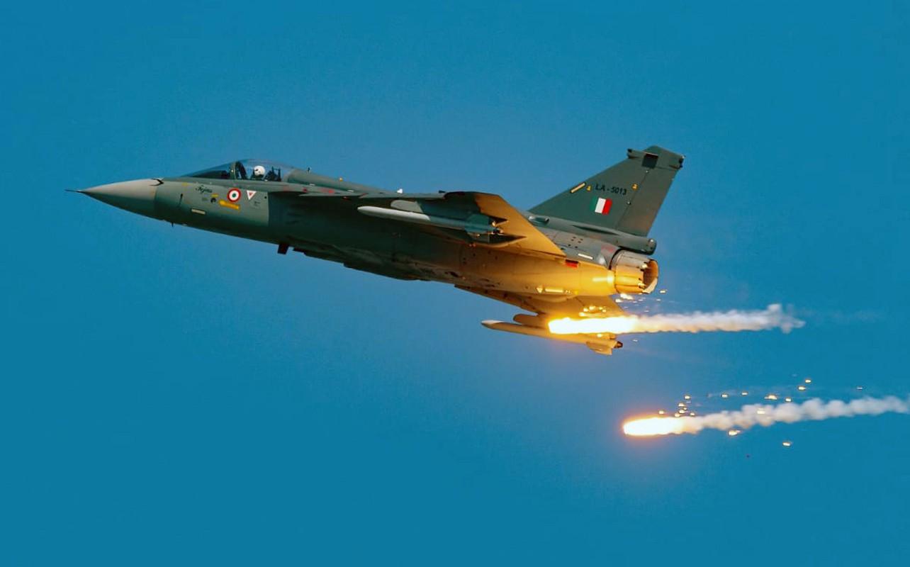 Tai sao co ca Rafale va Su-30MKI, khong quan An Do van yeu? (P2)-Hinh-16