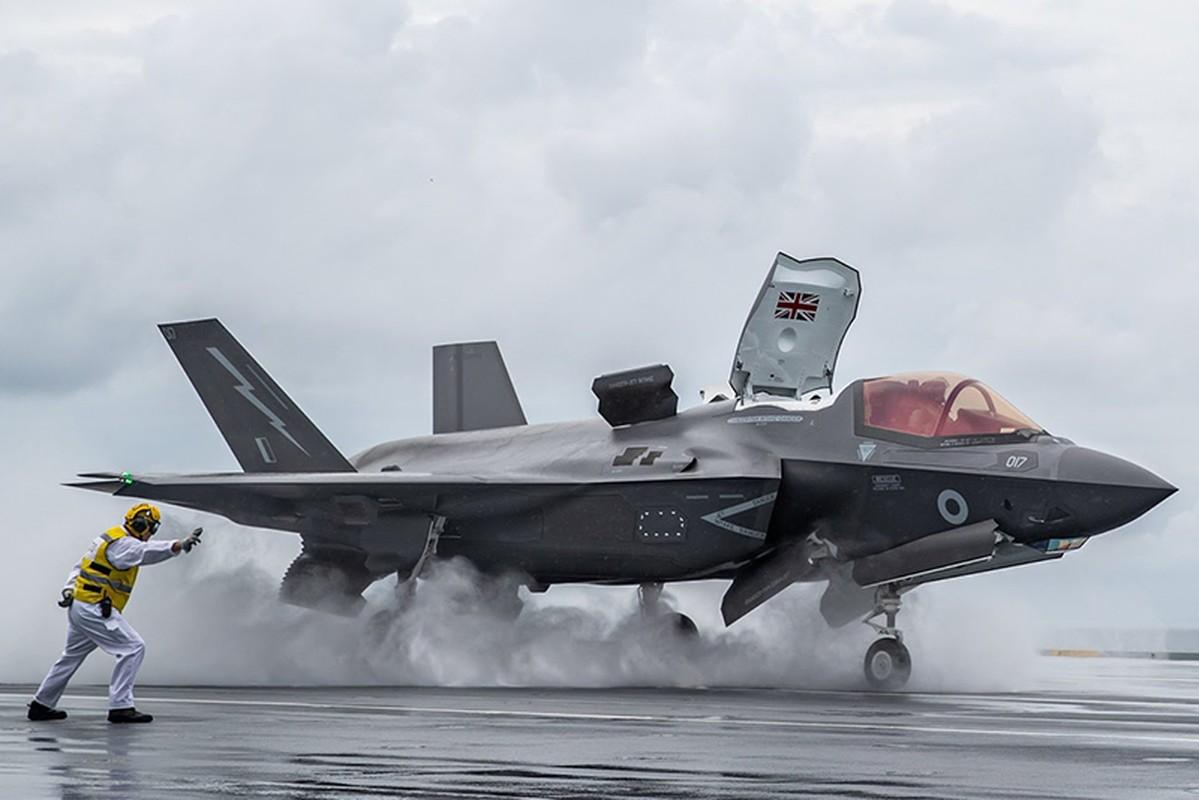 Tiem kich F-35 tu ban chinh minh: My cho rang loi tai nguoi Nga