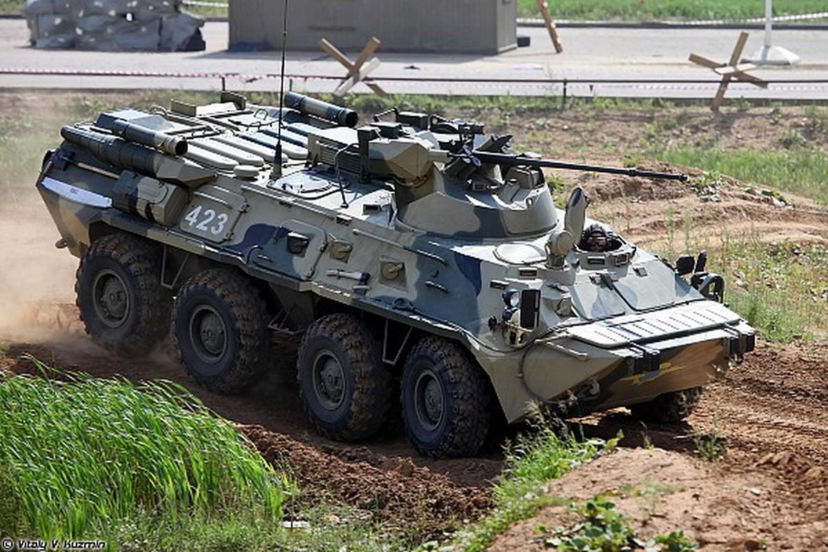 Xe boc thep tu thoi Lien Xo vua toi Crimea khien Ukraine lo lang-Hinh-14