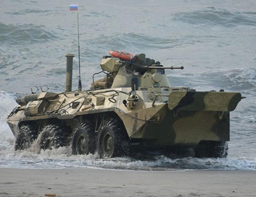 Xe boc thep tu thoi Lien Xo vua toi Crimea khien Ukraine lo lang-Hinh-16