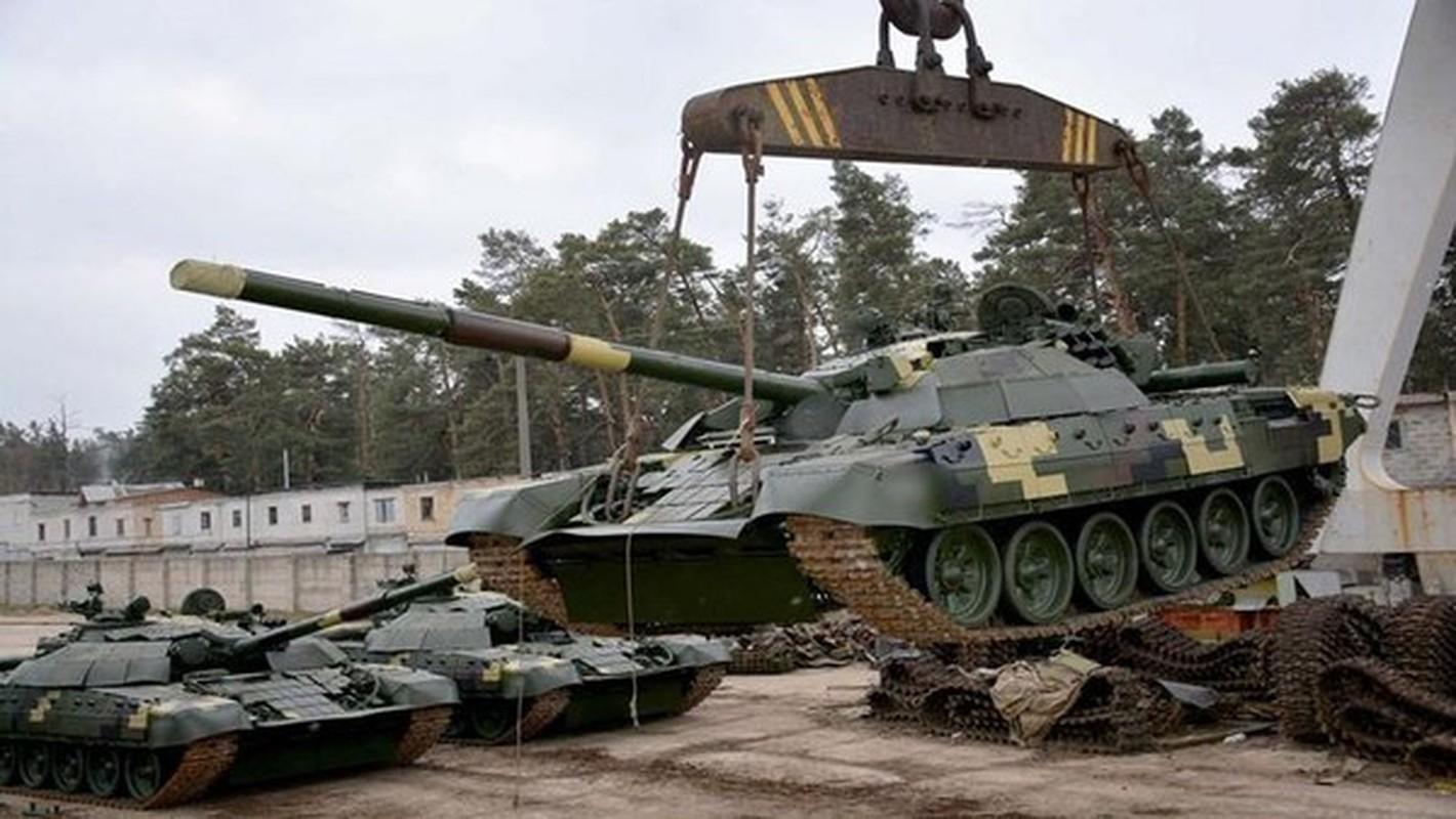 """Ukraine keo xe tang """"cay nha la vuon"""" toi bien gioi phe ly khai-Hinh-4"""