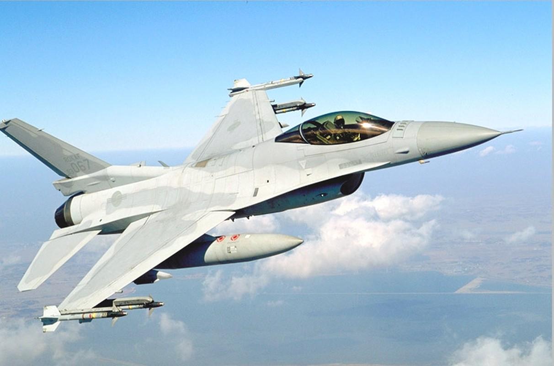 Han Quoc ra mat tiem kich noi dia, manh ngang chien dau co F-35-Hinh-8