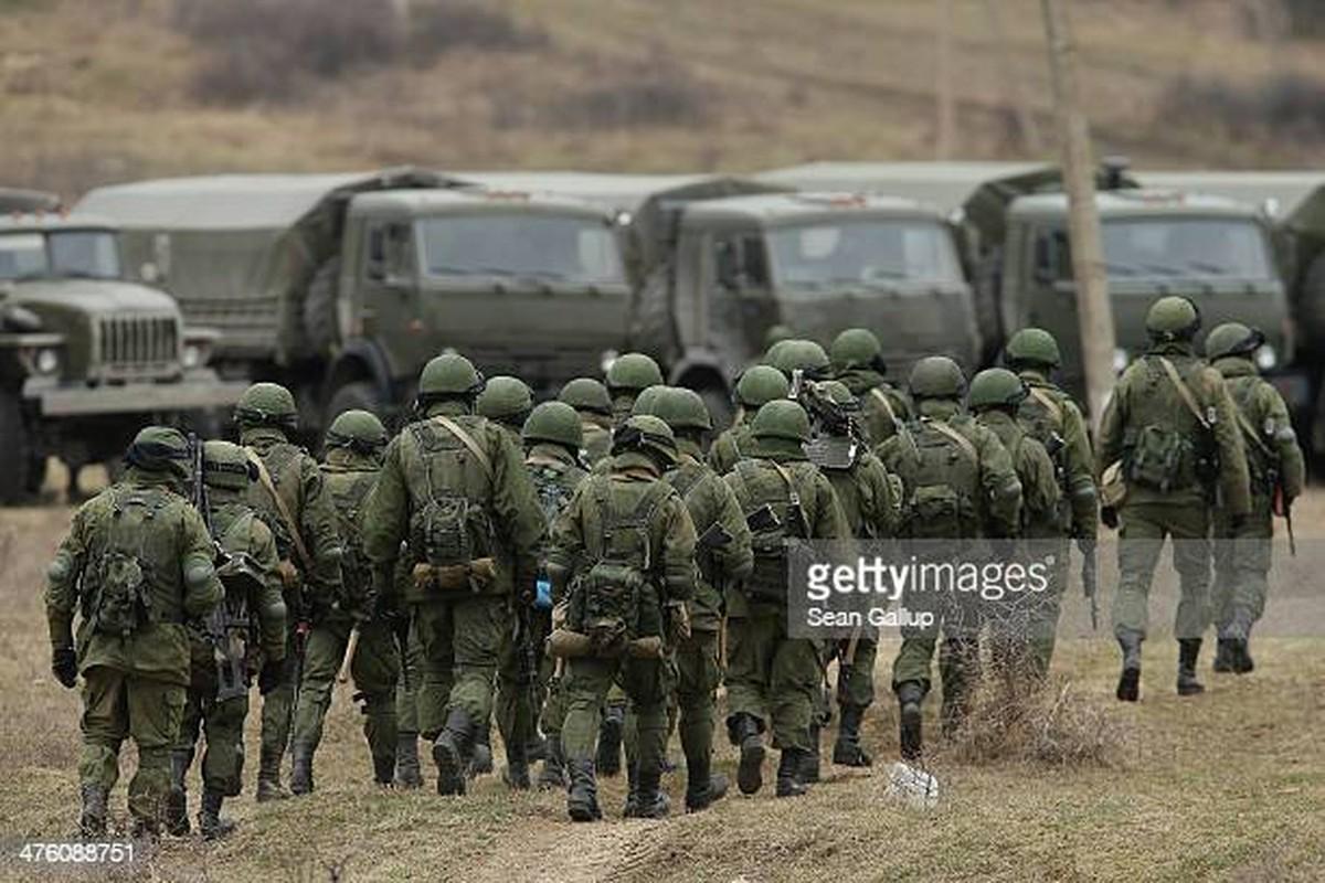 Ukraine muon mua UAV Tho Nhi Ky, Moscow them quan toi bien gioi-Hinh-11