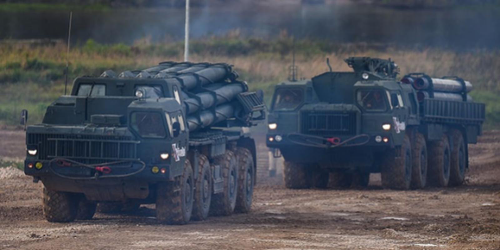 Ukraine muon mua UAV Tho Nhi Ky, Moscow them quan toi bien gioi-Hinh-15