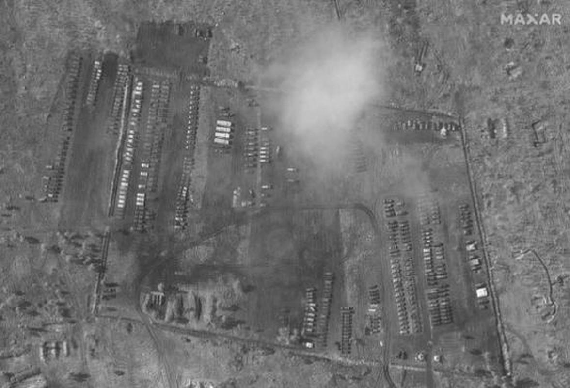 Ukraine muon mua UAV Tho Nhi Ky, Moscow them quan toi bien gioi-Hinh-7