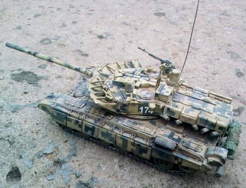 Bat ngo xuat hien phien ban xe tang T-80 manh ngang voi T-14 Armata-Hinh-12