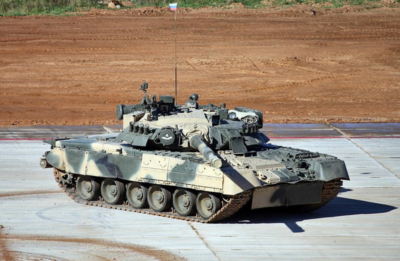 Bat ngo xuat hien phien ban xe tang T-80 manh ngang voi T-14 Armata-Hinh-13