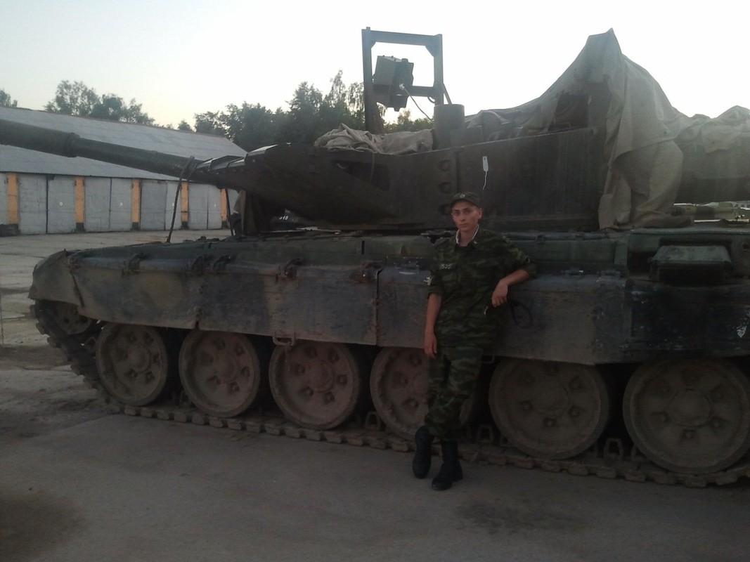Bat ngo xuat hien phien ban xe tang T-80 manh ngang voi T-14 Armata-Hinh-6