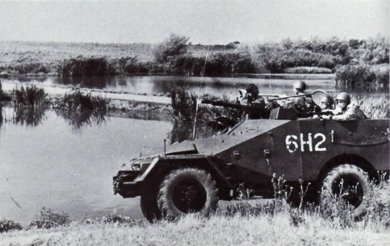 Nga bat ngo khi Viet Nam cai bien thiet giap thanh phao phong khong-Hinh-11