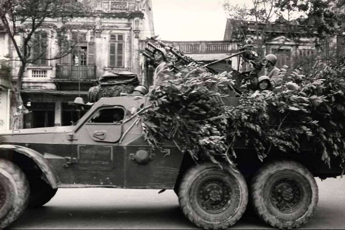 Nga bat ngo khi Viet Nam cai bien thiet giap thanh phao phong khong-Hinh-9