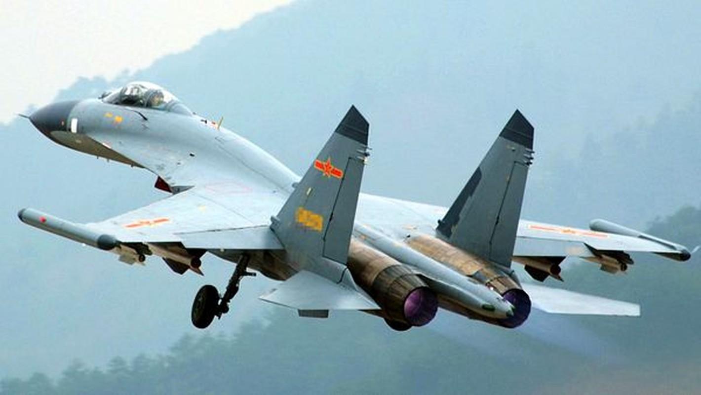 Trung Quoc khoe J-11 khien Nga phai hoi han vi trot ban Su-27-Hinh-6