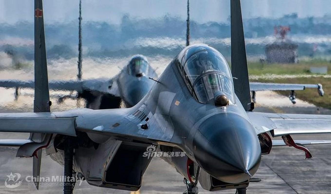 Trung Quoc khoe J-11 khien Nga phai hoi han vi trot ban Su-27-Hinh-8