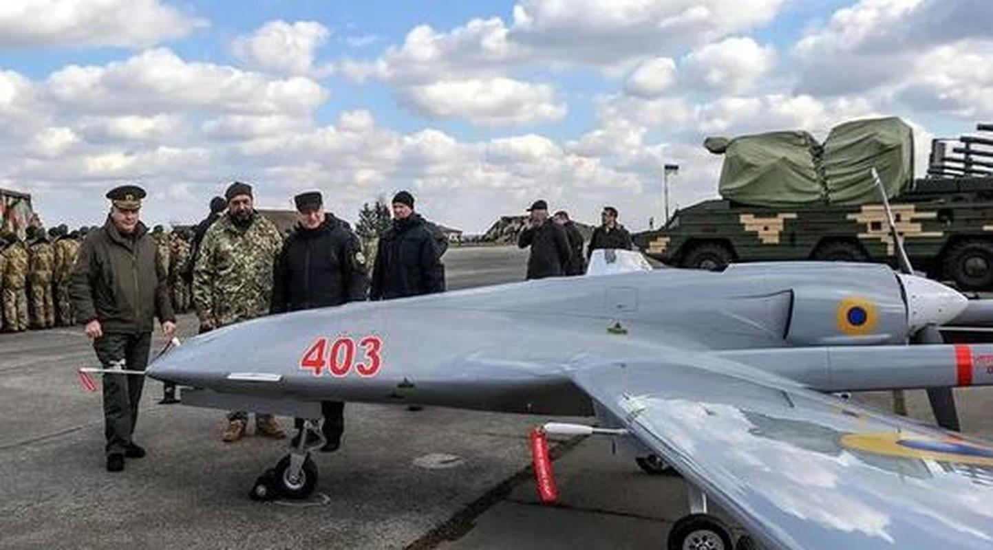 Ukraine mua UAV Tho Nhi Ky; Nga canh bao: Donbass khong phai Armenia-Hinh-6