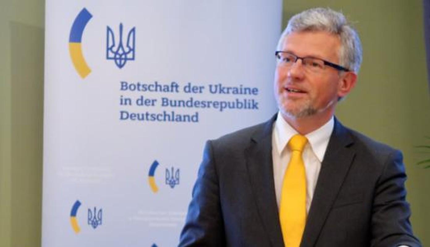 Ukraine doi phat trien vu khi hat nhan; My so Nga se vao cuoc