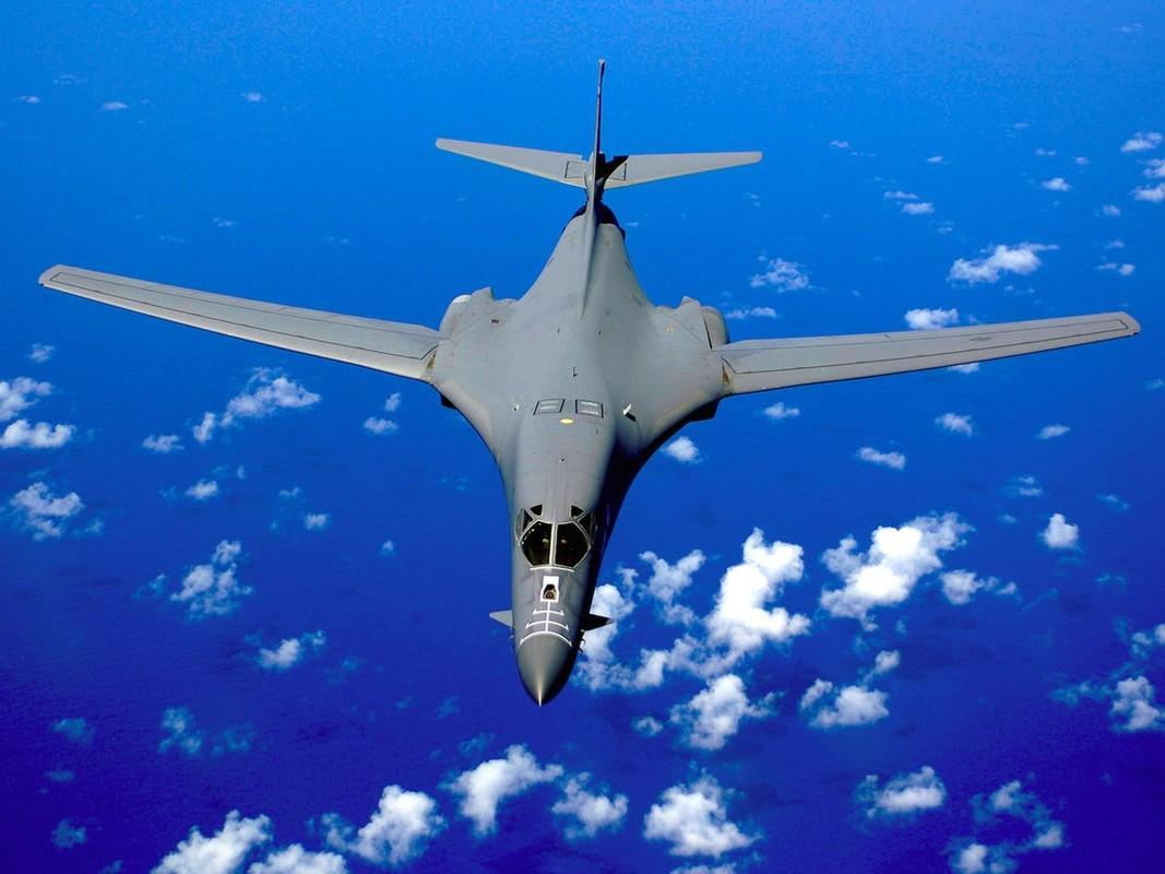 Khong phai B-2, B-1B Lancer moi la doi trong cua My voi Tu-160-Hinh-8