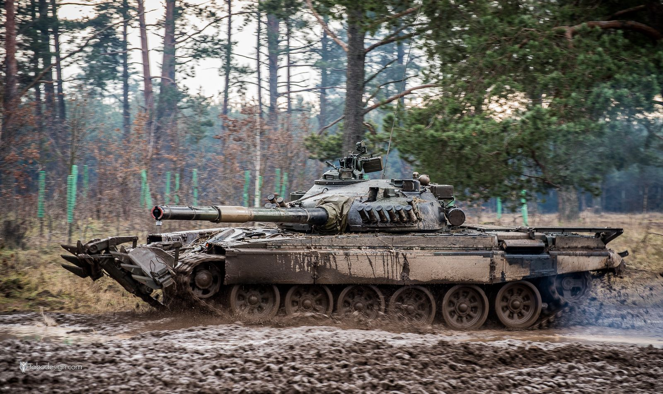 Ba Lan co loai xe tang nao cua du suc doi dau duoc voi Nga? (P1)-Hinh-3