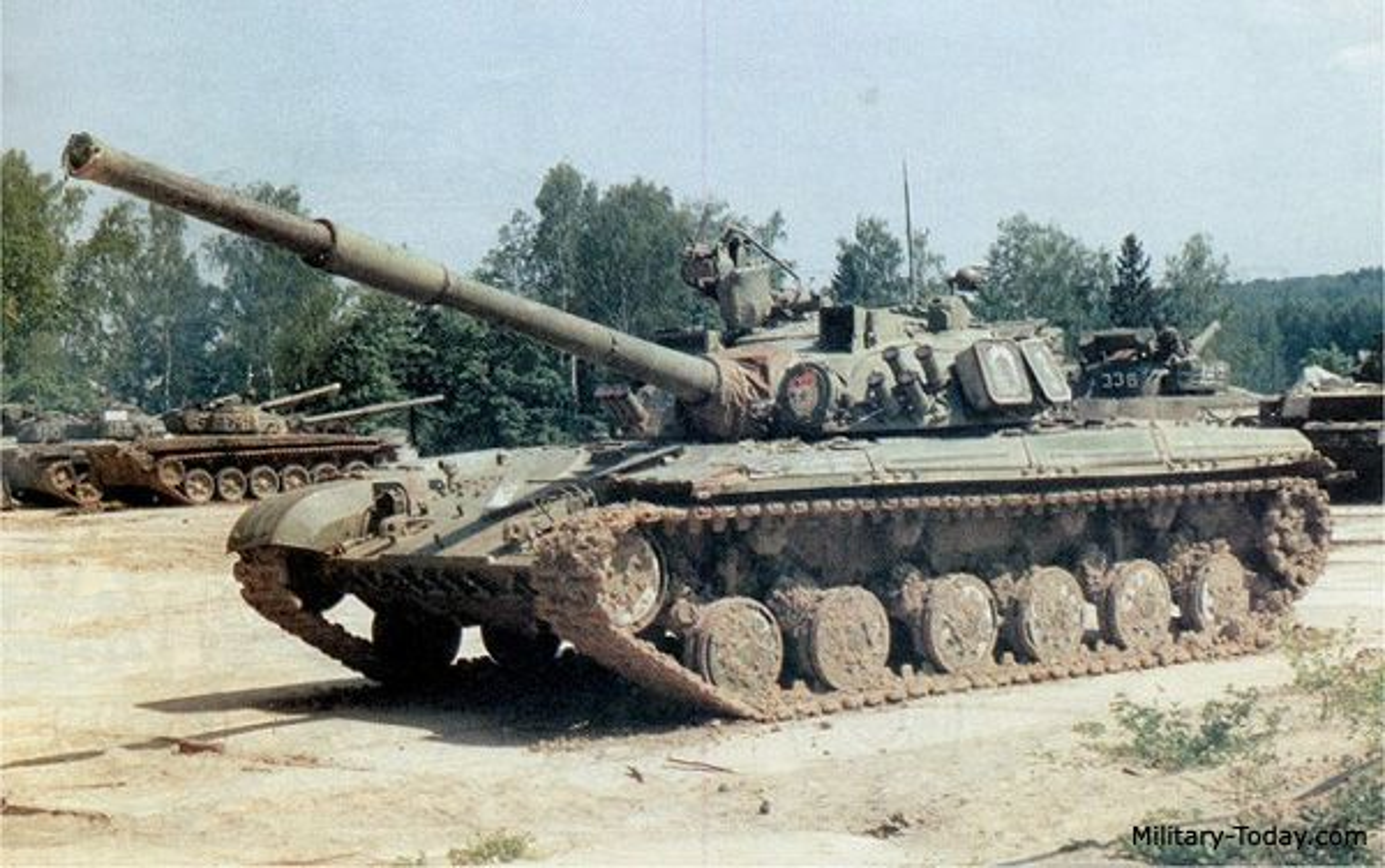 Dan xe tang gan 50 nam tuoi co the giup Ukraine lay lai Donbass?