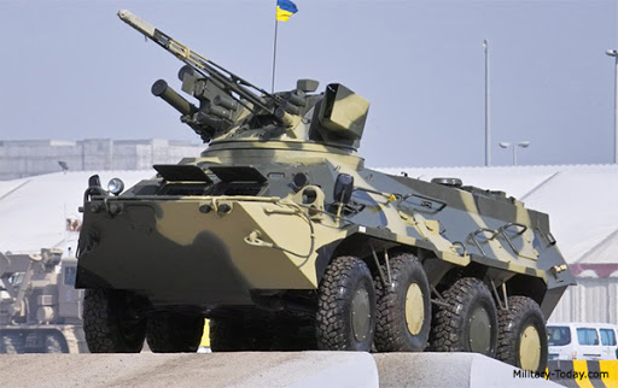 Xe boc thep BTR-3 Ukraine san xuat chay thanh than sau phuc kich-Hinh-6