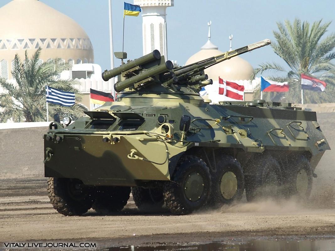 Xe boc thep BTR-3 Ukraine san xuat chay thanh than sau phuc kich-Hinh-7