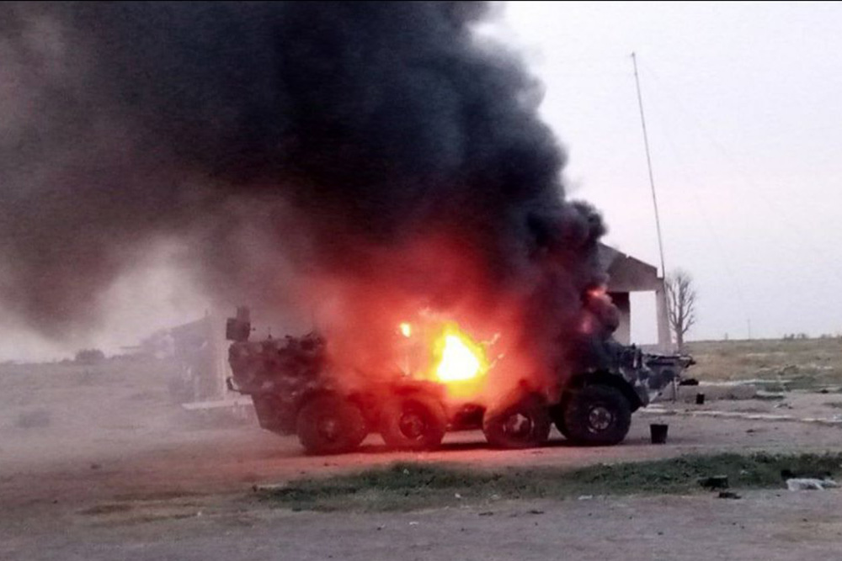 Xe boc thep BTR-3 Ukraine san xuat chay thanh than sau phuc kich