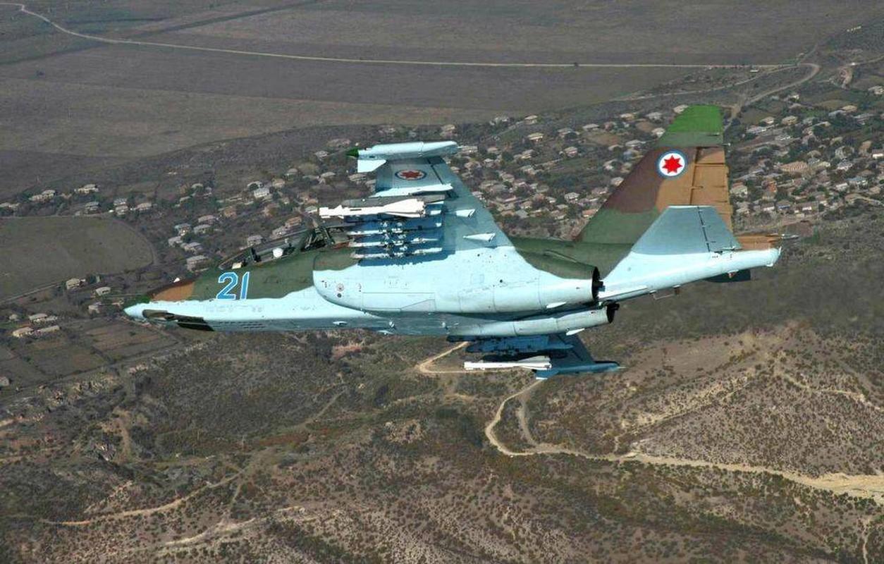 """Xem Israel do """"xe tang bay"""" Su-25KM cho Gruzia de chong lai Nga-Hinh-11"""