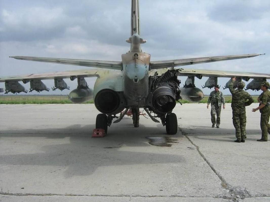 """Xem Israel do """"xe tang bay"""" Su-25KM cho Gruzia de chong lai Nga-Hinh-16"""