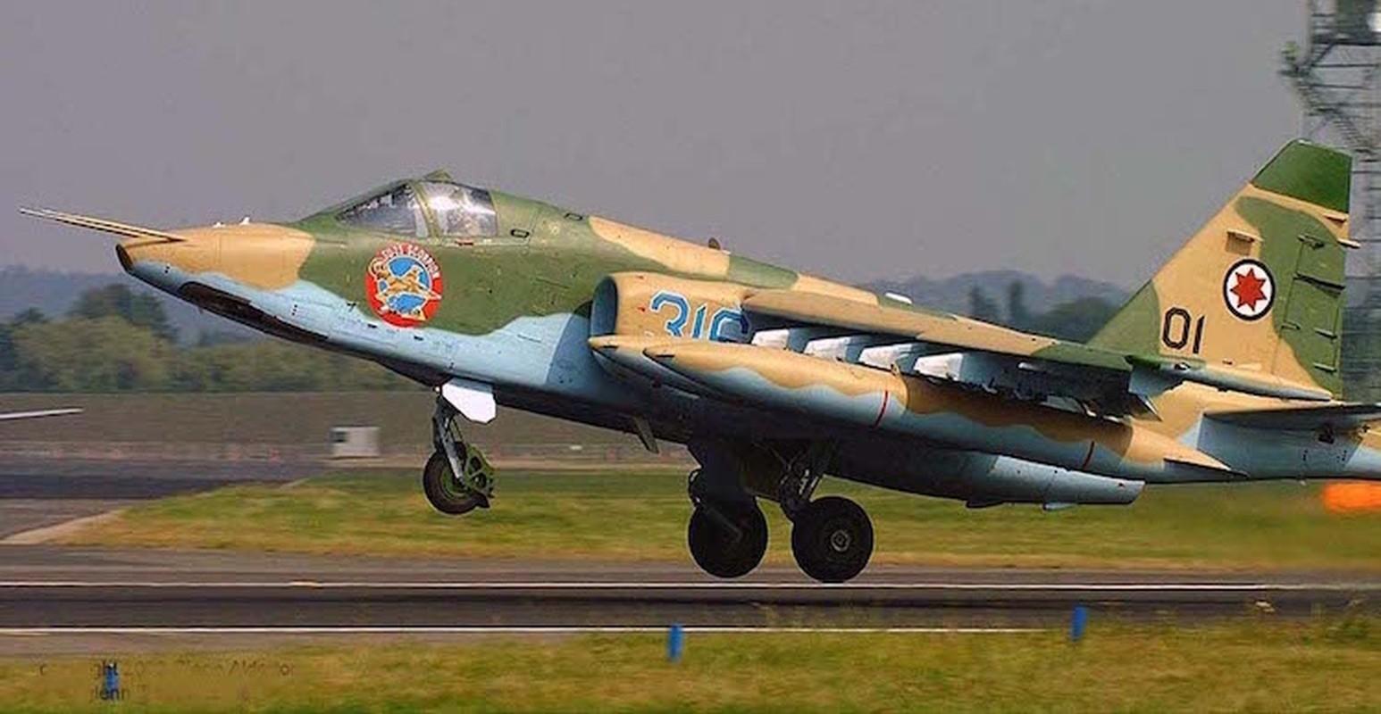"""Xem Israel do """"xe tang bay"""" Su-25KM cho Gruzia de chong lai Nga-Hinh-2"""