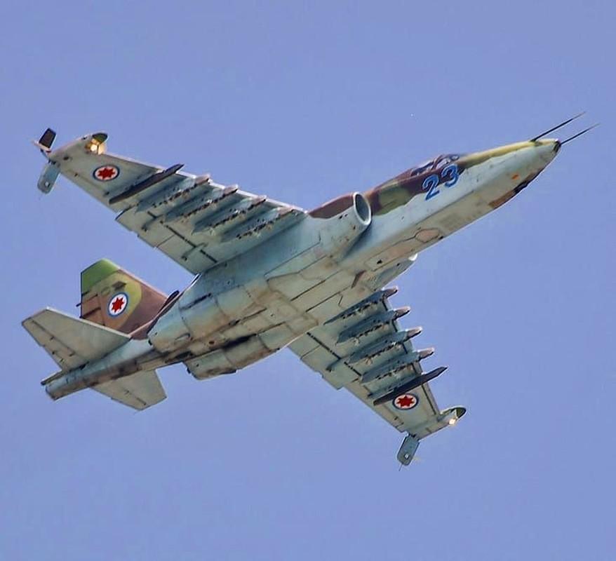 """Xem Israel do """"xe tang bay"""" Su-25KM cho Gruzia de chong lai Nga-Hinh-4"""