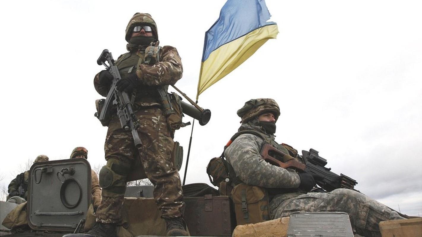 Chuyen gia Ba Lan: Nga hay coi chung suc manh cua quan doi Ukraine-Hinh-3
