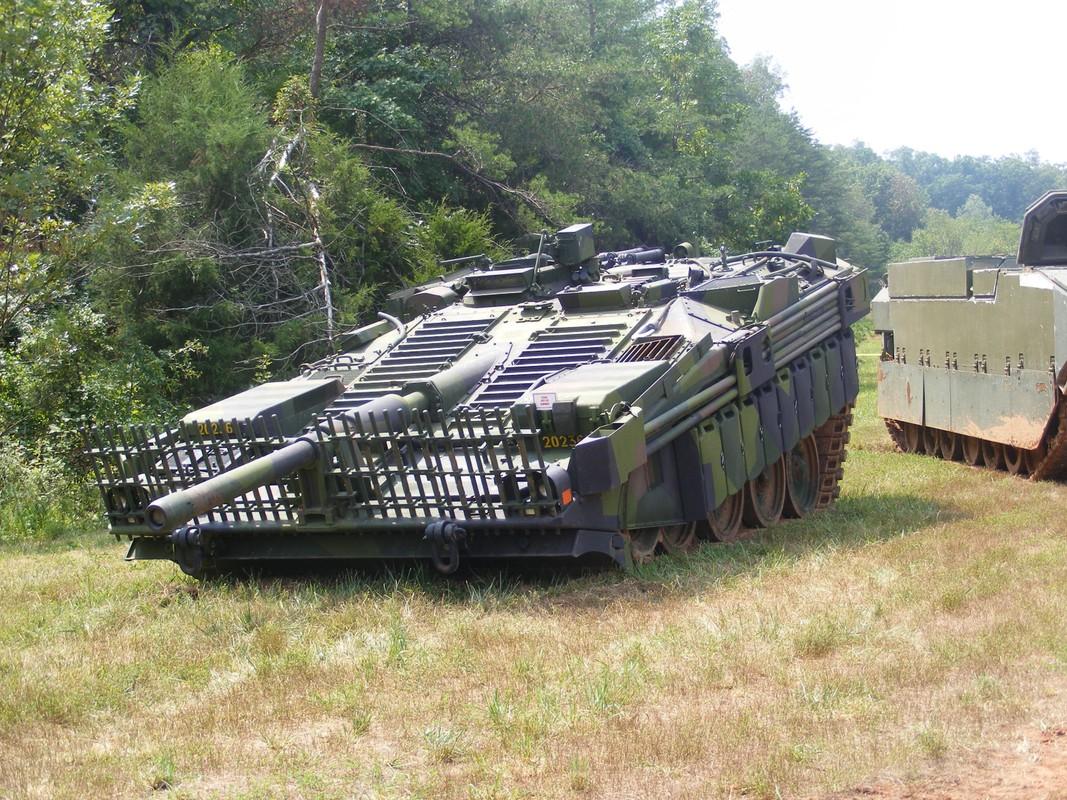 "Stridsvagn 103: Xe tang ""di"" khong thap phao, chay lui nhanh nhu chay tien-Hinh-7"