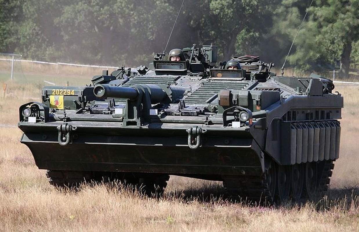 "Stridsvagn 103: Xe tang ""di"" khong thap phao, chay lui nhanh nhu chay tien-Hinh-9"