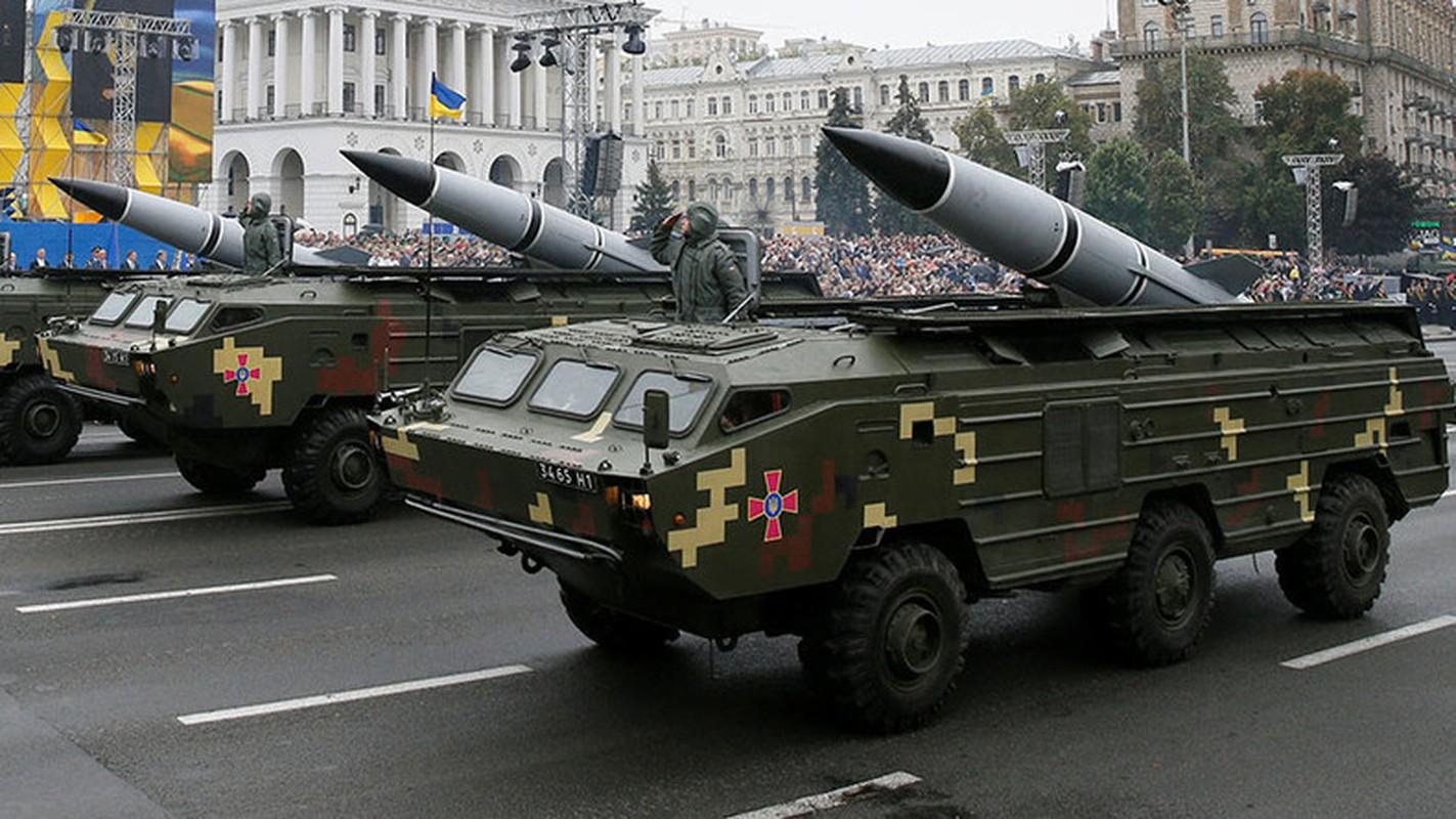 Ukraine xuat kho ten lua khung, san sang nhan chim Donbass-Hinh-10