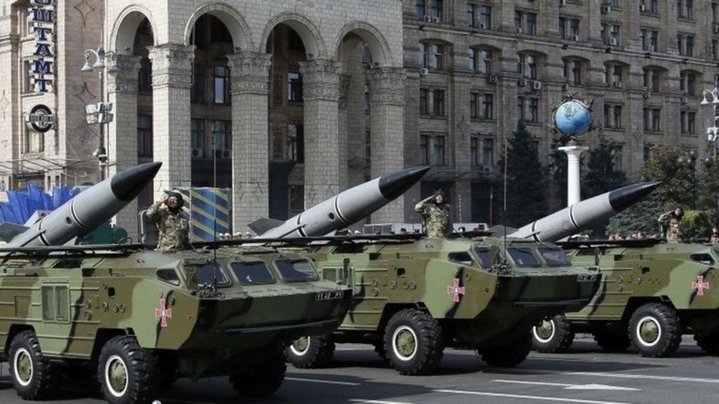 Ukraine xuat kho ten lua khung, san sang nhan chim Donbass-Hinh-15