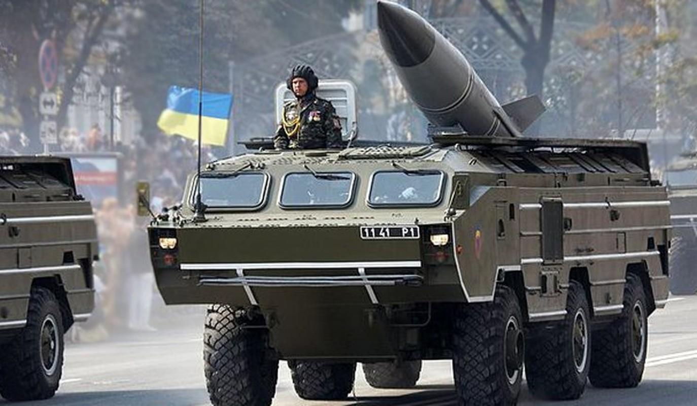 Ukraine xuat kho ten lua khung, san sang nhan chim Donbass